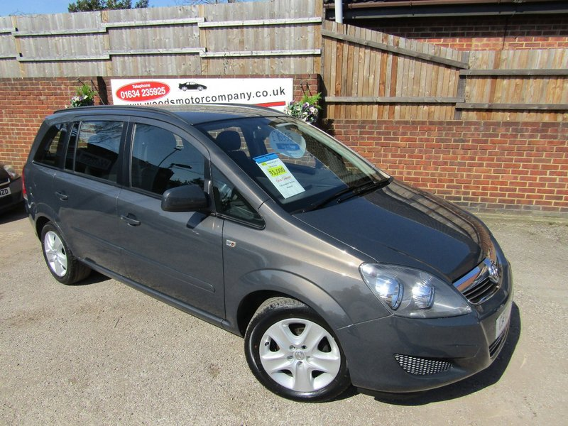 View VAUXHALL ZAFIRA EXCLUSIV  Only 31,000 miles  ONE OWNER