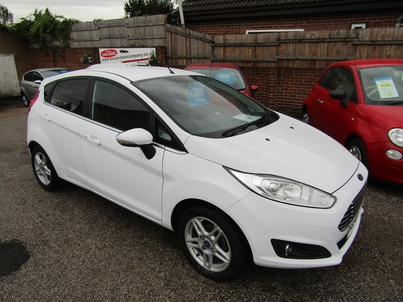 View FORD FIESTA ZETEC  Only 32,000 miles  2 Lady Owners