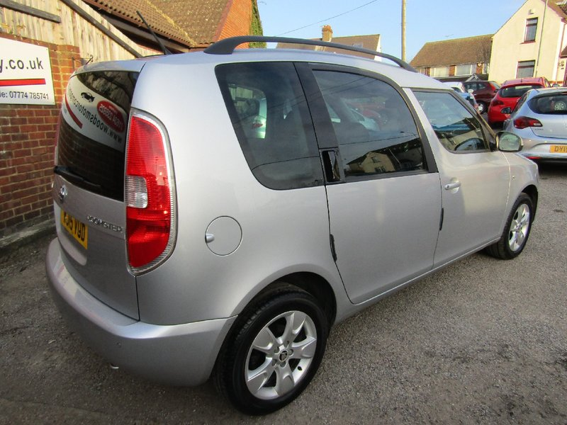 View SKODA ROOMSTER TSi 86 SE  ONE LADY OWNER  Only 43,000 miles,  FSH  3 Skoda Services
